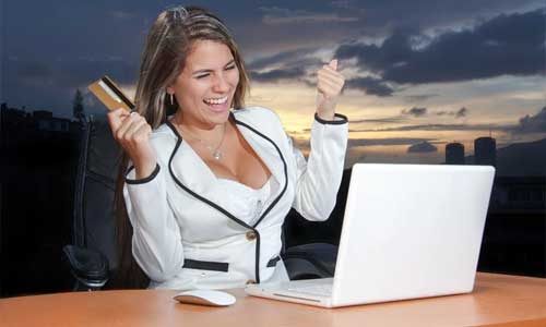 Online Casinos and the International Business Leader of the Year Award happy woman - Online Casinos and the International Business Leader of the Year Award